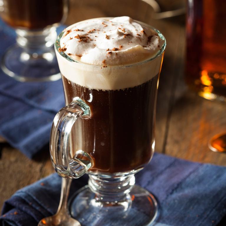 Рецепт кофе «Амаретто» с ромом